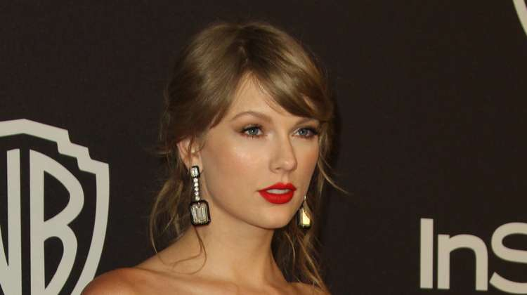 Life Journey and Facts about Taylor Swift