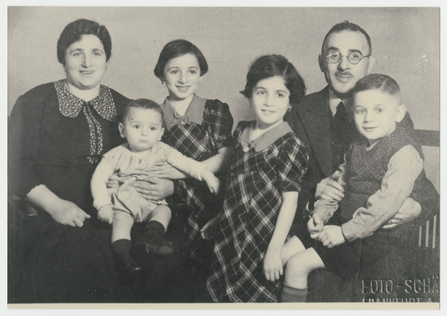 Oppenheimer Powerful Families